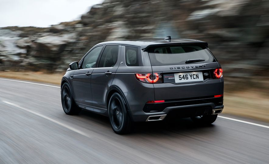 2017 Land Rover Discovery Sport - Slide 4
