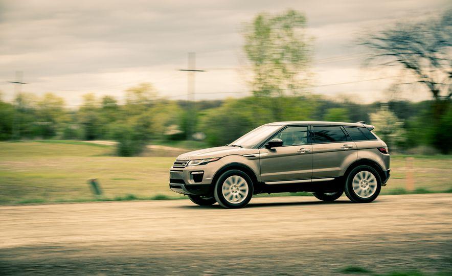 2017 Land Rover Range Rover Evoque - Slide 3