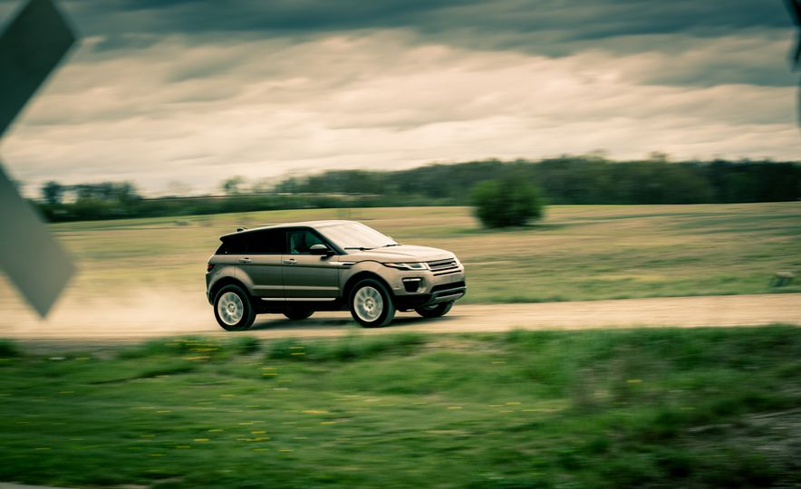 2017 Land Rover Range Rover Evoque - Slide 8