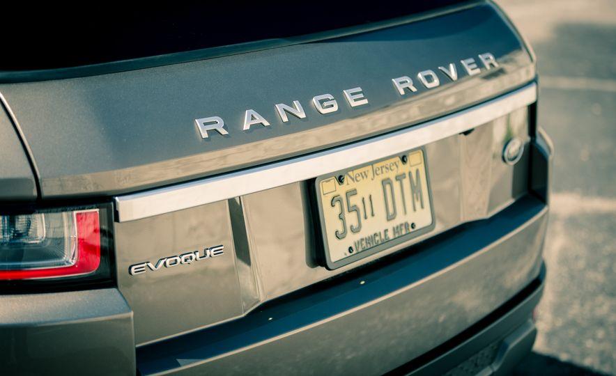 2017 Land Rover Range Rover Evoque - Slide 29