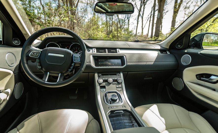 2017 Land Rover Range Rover Evoque - Slide 34