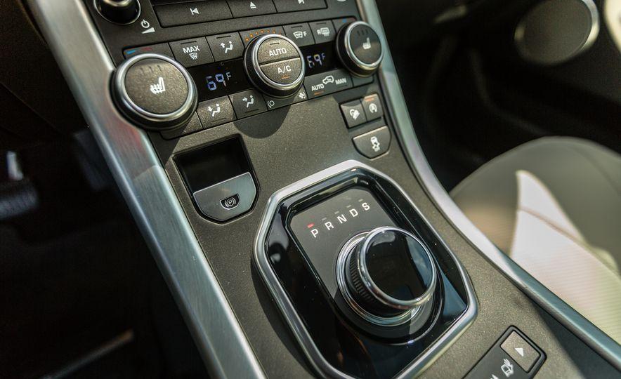 2017 Land Rover Range Rover Evoque - Slide 44