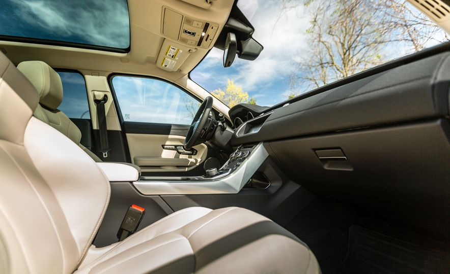 2017 Land Rover Range Rover Evoque - Slide 47