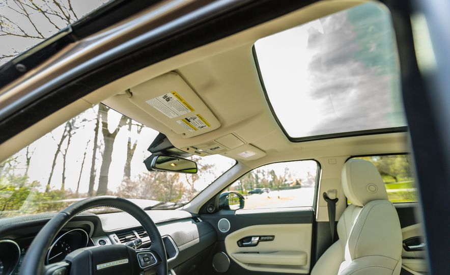 2017 Land Rover Range Rover Evoque - Slide 57