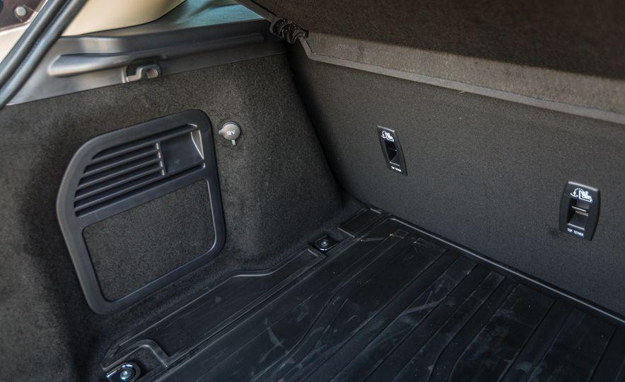 2017 Land Rover Range Rover Evoque - Slide 60