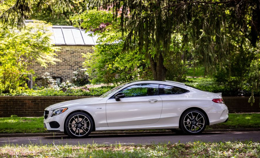 2017 Mercedes-AMG C43 Coupe 4Matic - Slide 7