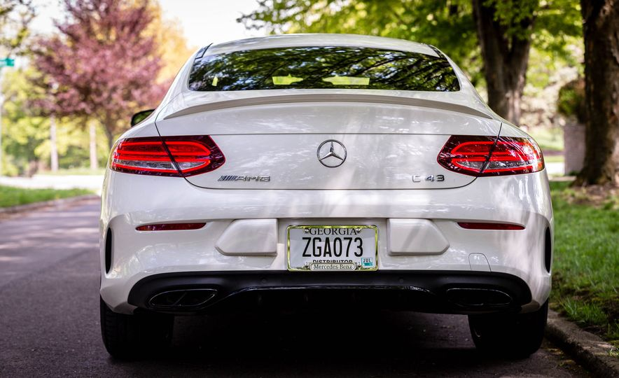 2017 Mercedes-AMG C43 Coupe 4Matic - Slide 10