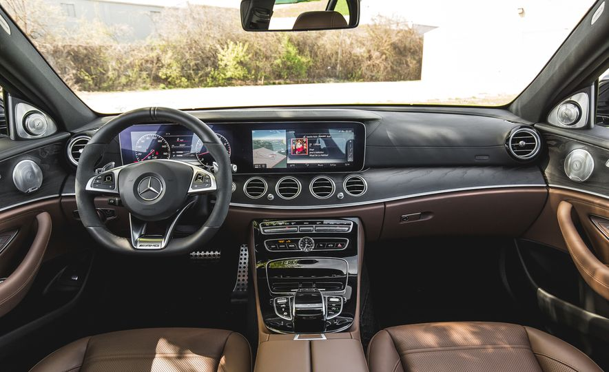 2017 Mercedes-AMG E43 - Slide 28