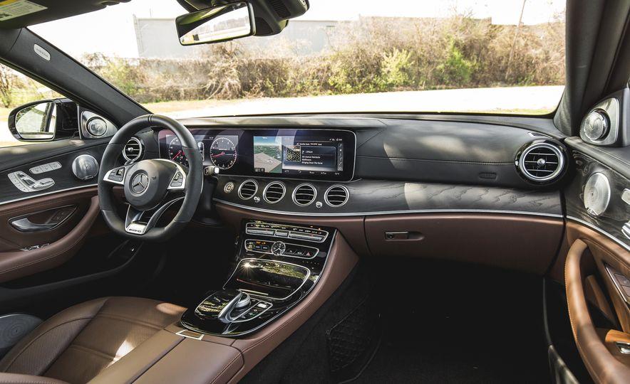 2017 Mercedes-AMG E43 - Slide 30