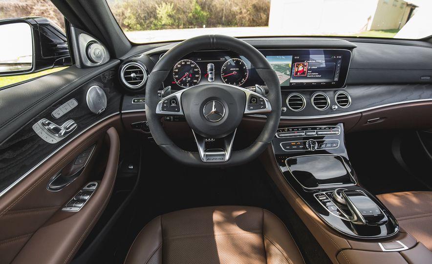 2017 Mercedes-AMG E43 - Slide 38