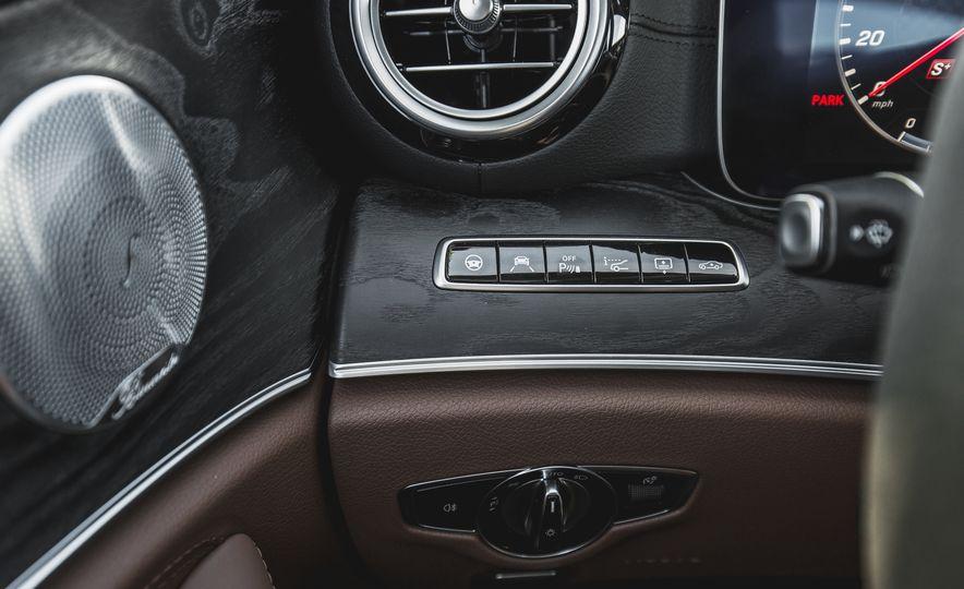 2017 Mercedes-AMG E43 - Slide 40