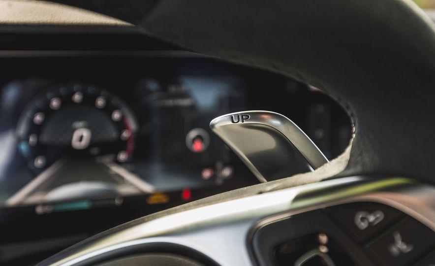 2017 Mercedes-AMG E43 - Slide 43