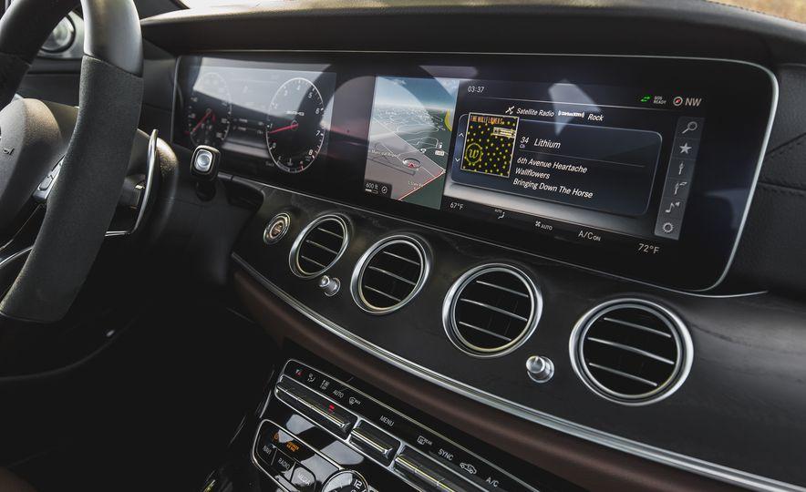 2017 Mercedes-AMG E43 - Slide 52