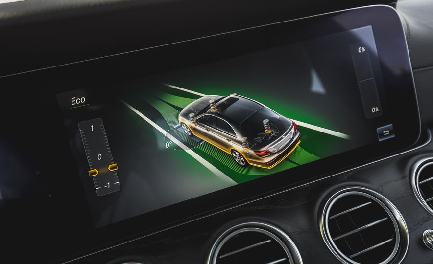 2017 Mercedes-AMG E43 - Slide 57