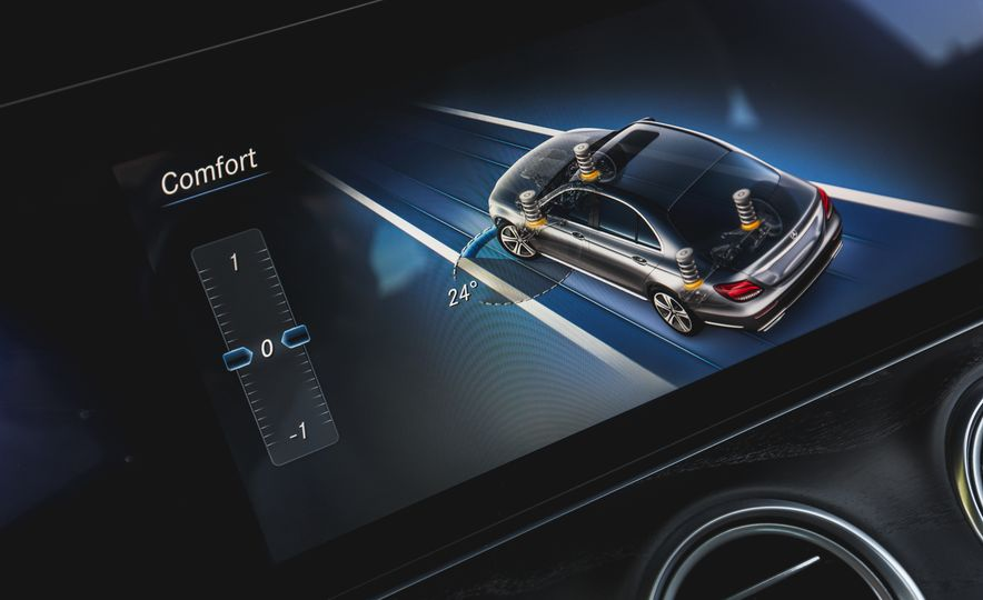 2017 Mercedes-AMG E43 - Slide 59