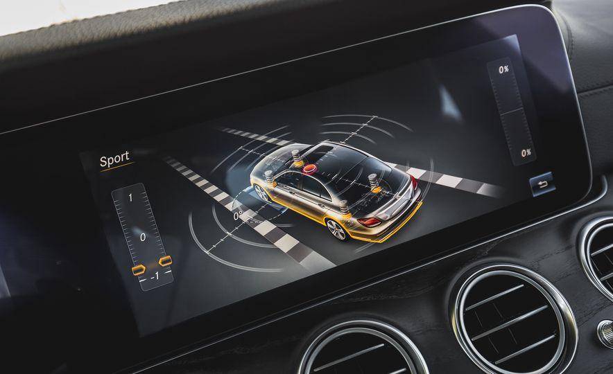 2017 Mercedes-AMG E43 - Slide 60