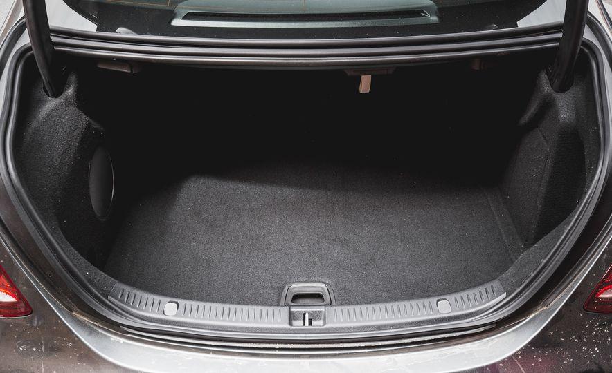 2017 Mercedes-AMG E43 - Slide 82