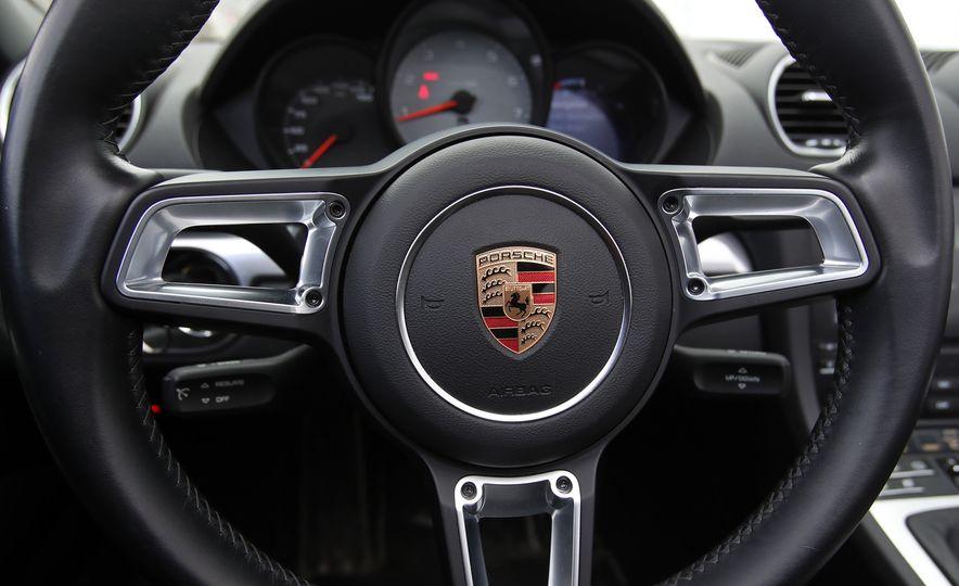 2017-Porsche-718-Boxster-S-LeadGallery - Slide 29