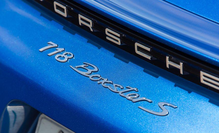 2017-Porsche-718-Boxster-S-LeadGallery - Slide 91