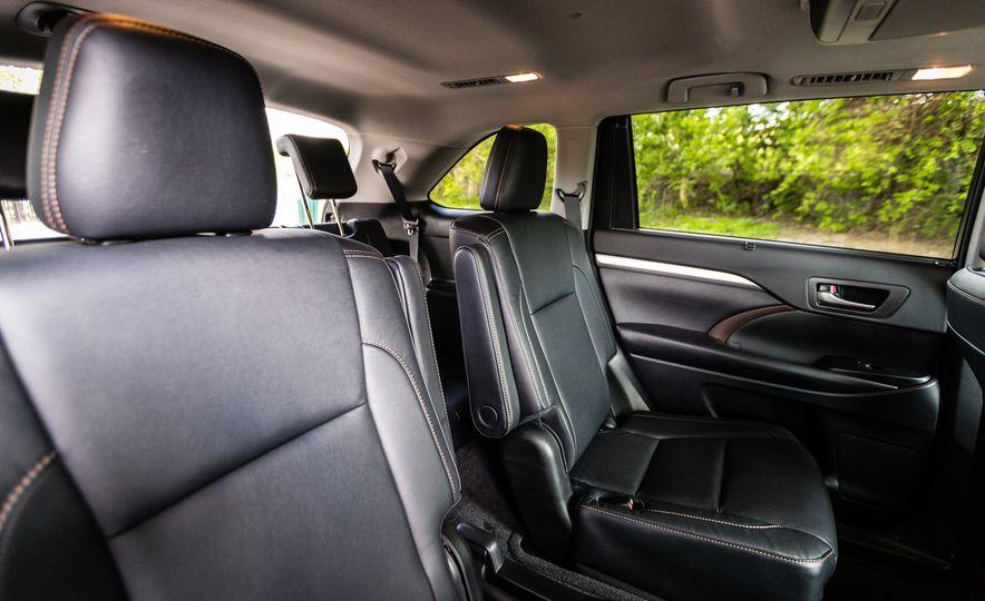 2017 Toyota Highlander - Slide 40