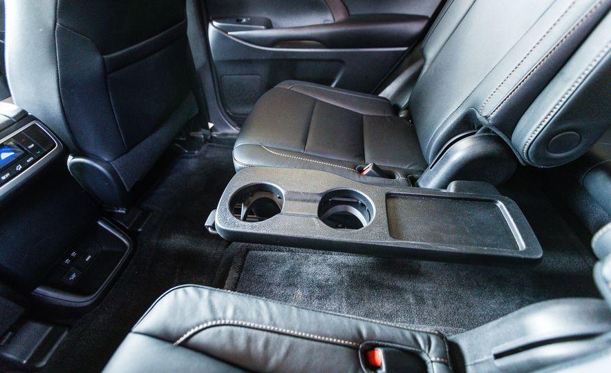 2017 Toyota Highlander - Slide 42