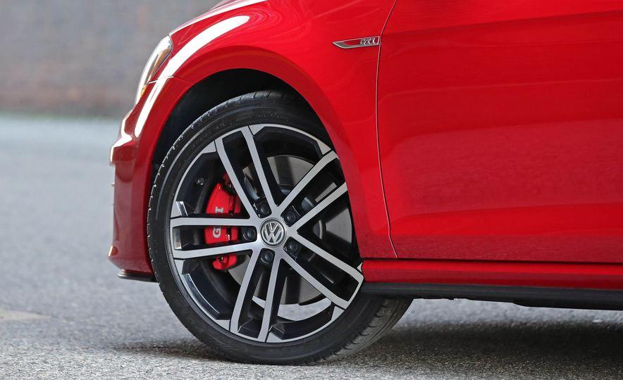 2017 Volkswagen Golf GTI - Slide 20