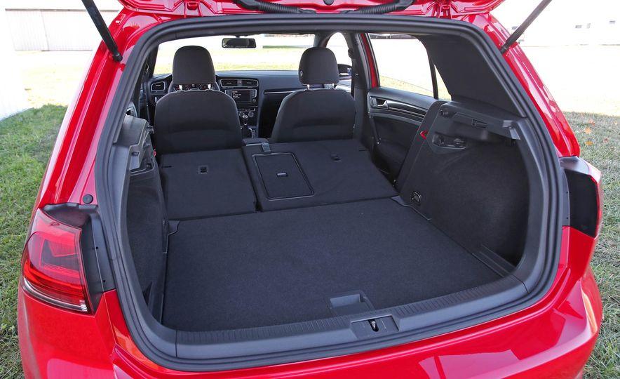 2017 Volkswagen Golf GTI - Slide 49