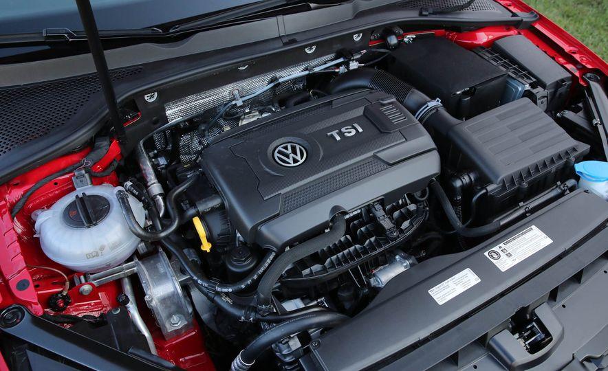 2017 Volkswagen Golf GTI - Slide 51