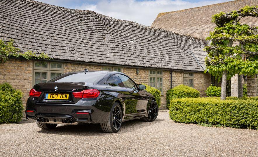 2018 BMW M4 - Slide 7