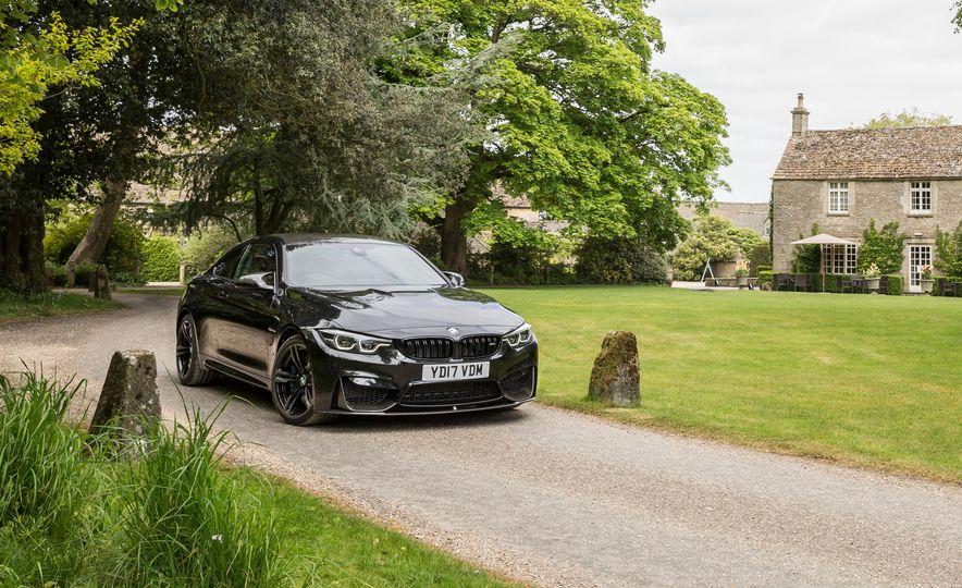 2018 BMW M4 - Slide 8