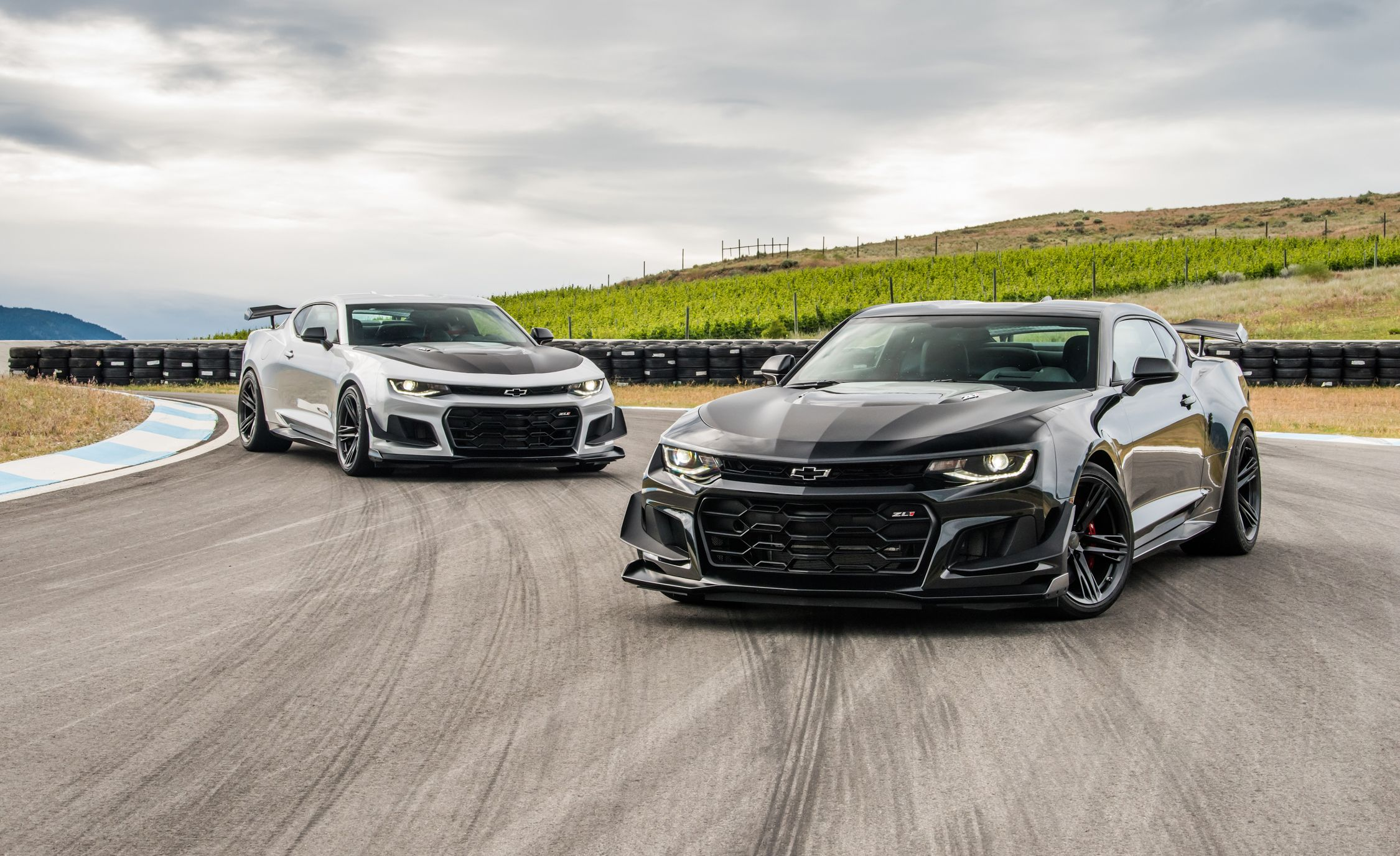 2018 chevrolet zl1 1le. beautiful chevrolet 2018 chevrolet camaro zl1 coupe pictures  photo gallery car and driver on chevrolet zl1 1le e