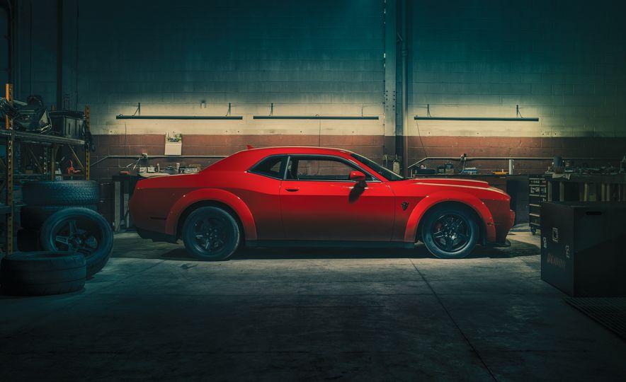 2018 Dodge Challenger SRT Demon - Slide 1