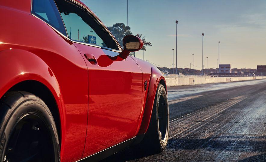 2018 Dodge Challenger SRT Demon - Slide 30