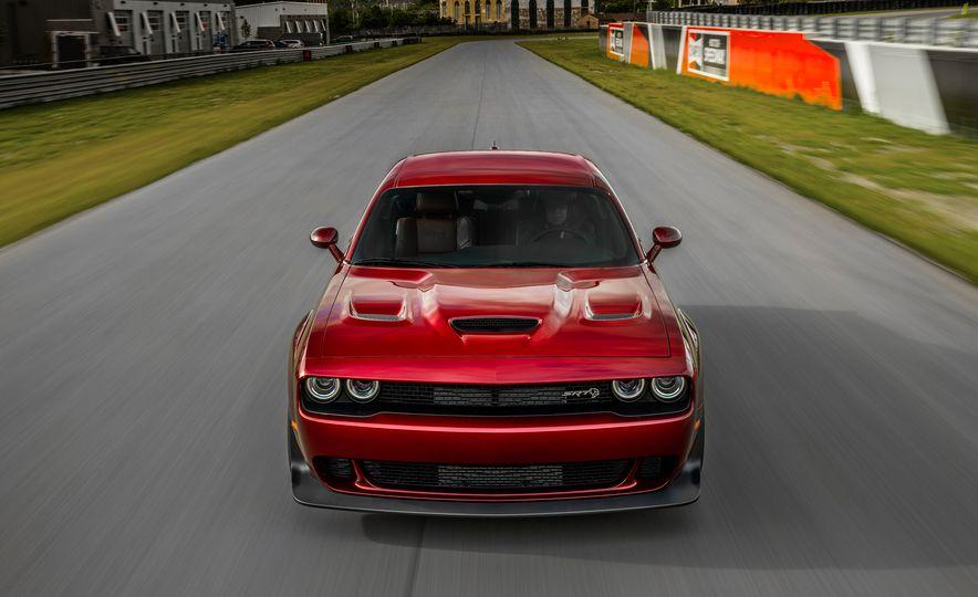 2018 Dodge Challenger SRT Hellcat Widebody - Slide 2