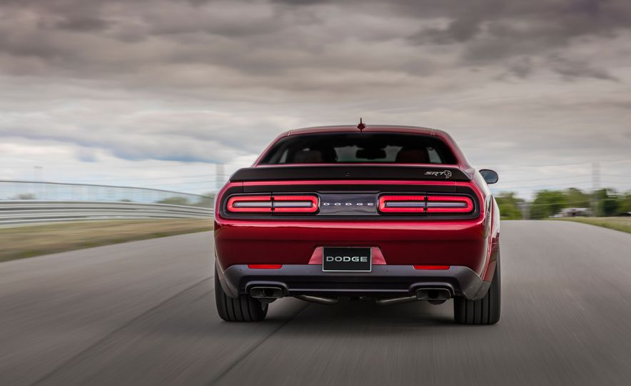 2018 Dodge Challenger SRT Hellcat Widebody - Slide 7