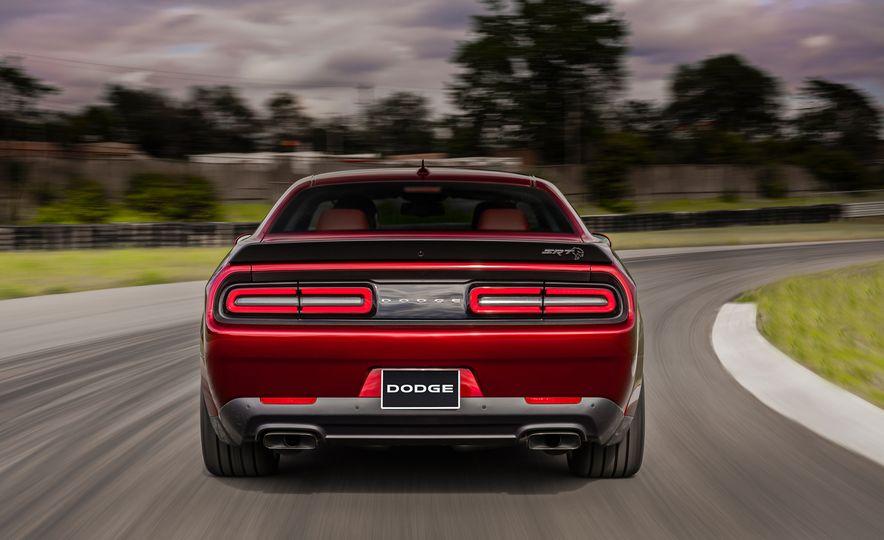 2018 Dodge Challenger SRT Hellcat Widebody - Slide 8