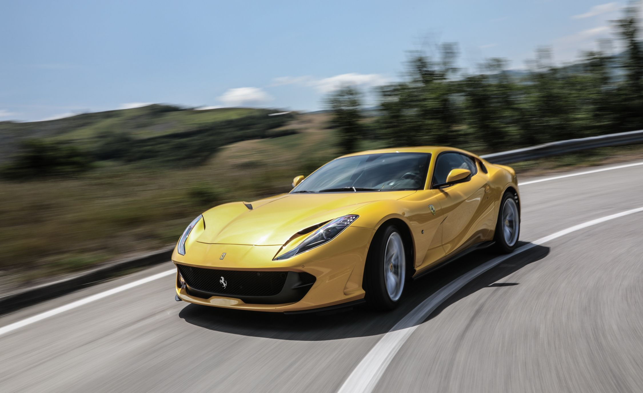 2018 Ferrari 812 Superfast Pictures Photo Gallery Car