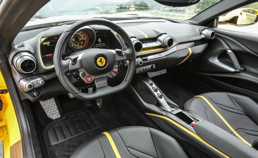 2018 Ferrari 812 Superfast - Slide 14