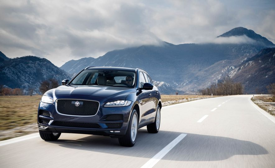 2018 Jaguar F-Pace - Slide 1