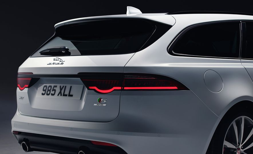 2018 Jaguar XF Sportbrake - Slide 9