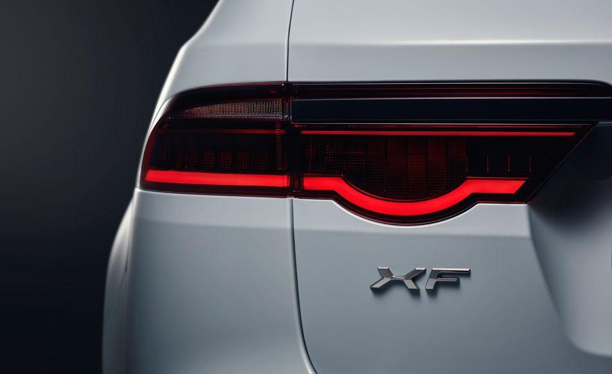 2018 Jaguar XF Sportbrake - Slide 13