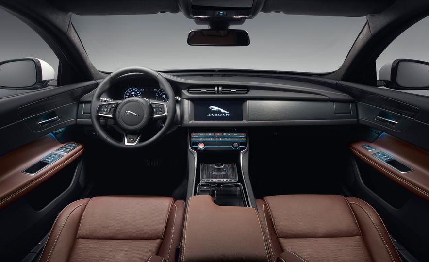 2018 Jaguar XF Sportbrake - Slide 20