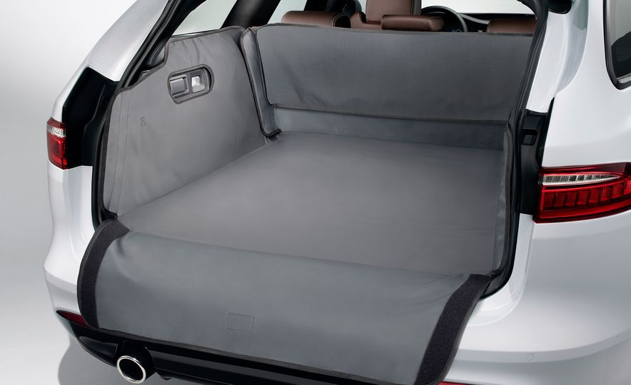 2018 Jaguar XF Sportbrake - Slide 33