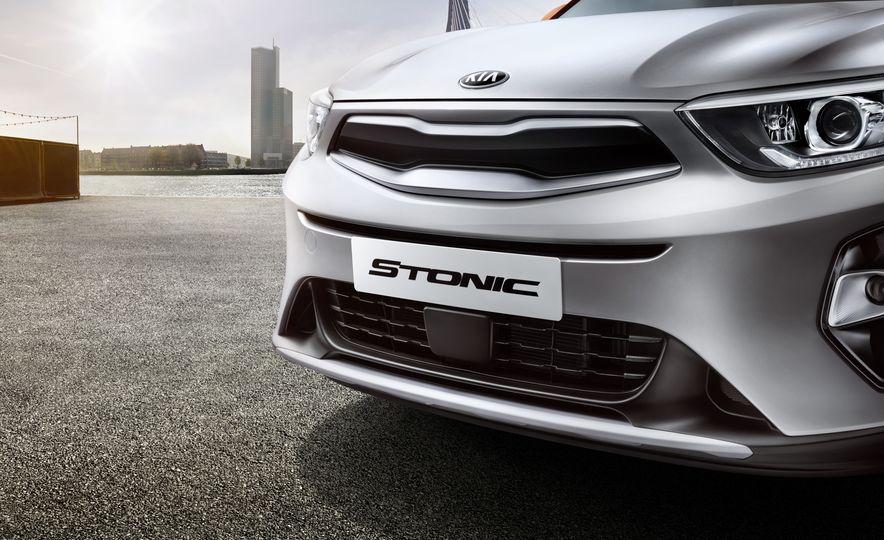 2018 Kia Stonic - Slide 3