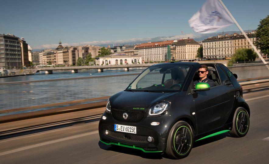 2018 Smart Electric Drive Cabriolet - Slide 2