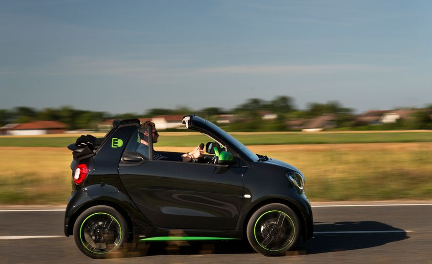 2018 Smart Electric Drive Cabriolet - Slide 10