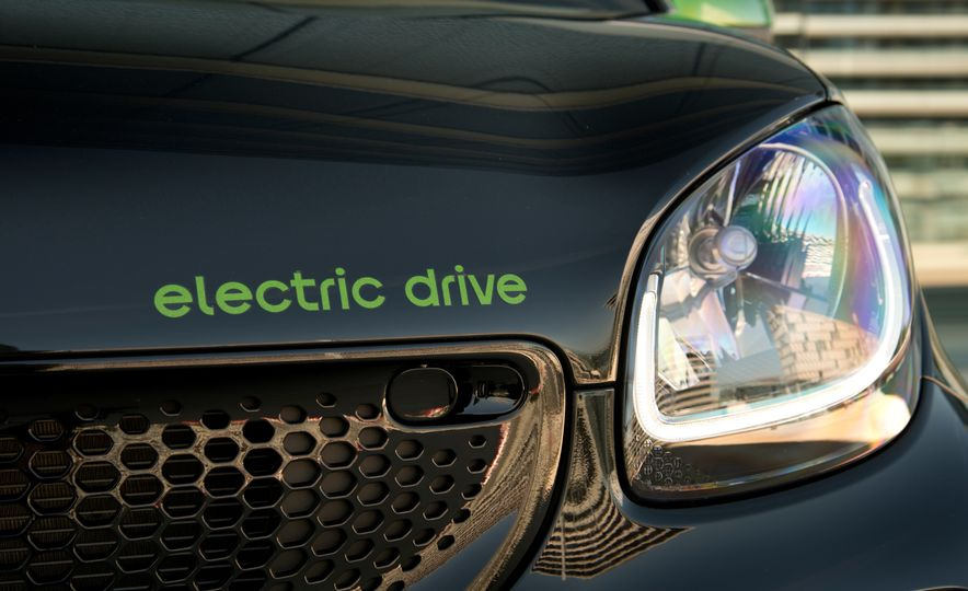2018 Smart Electric Drive Cabriolet - Slide 23