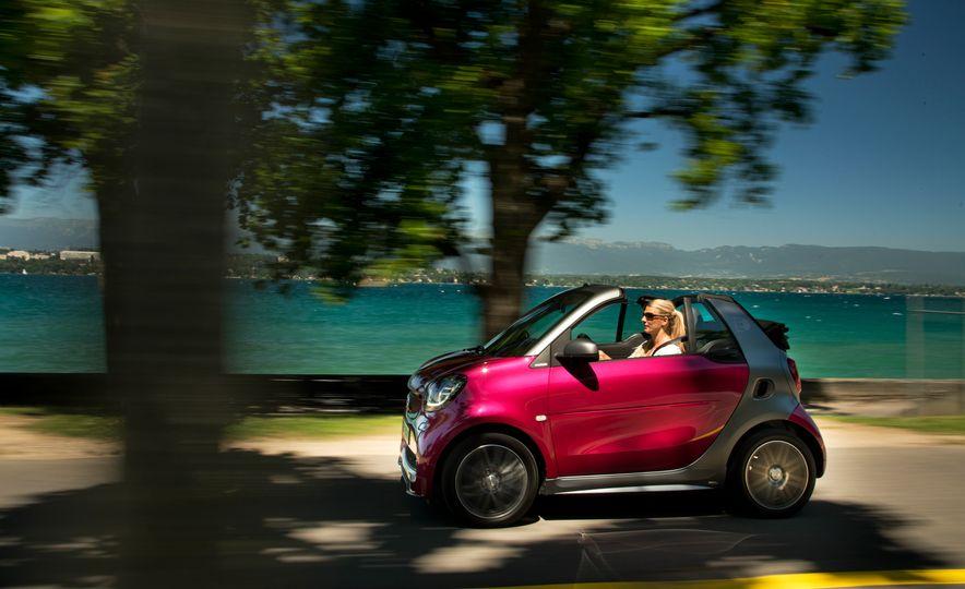 2018 Smart Electric Drive Cabriolet - Slide 46