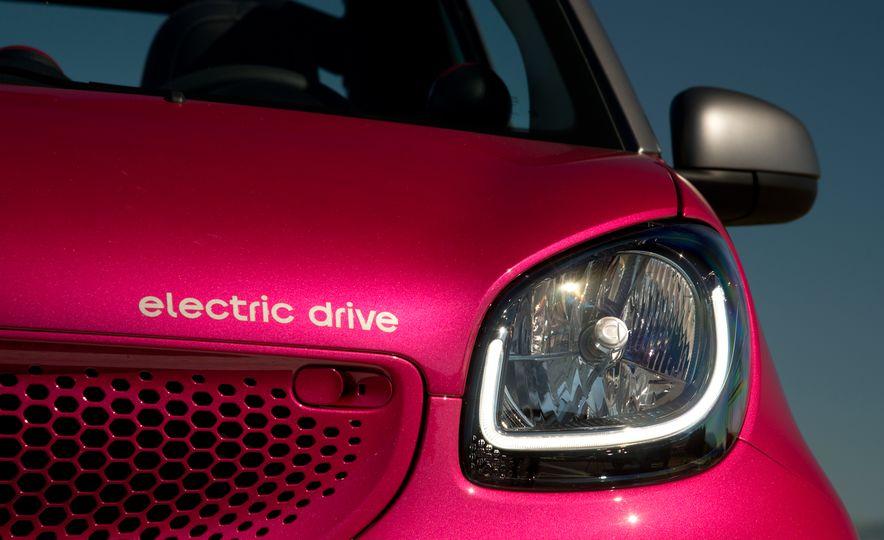 2018 Smart Electric Drive Cabriolet - Slide 63