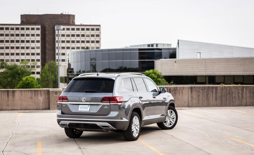 2019 Volkswagen Arteon - Slide 15
